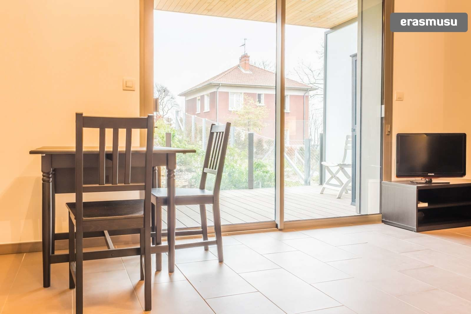 stylish-secure-studio-terrace-fourviere-hill-lyon-3692440aa139da