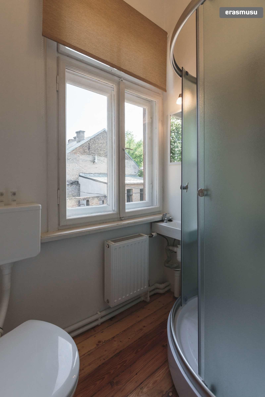 stylish-studio-apartment-rent-agenskalns-pet-friendly-b6f1e44fc0