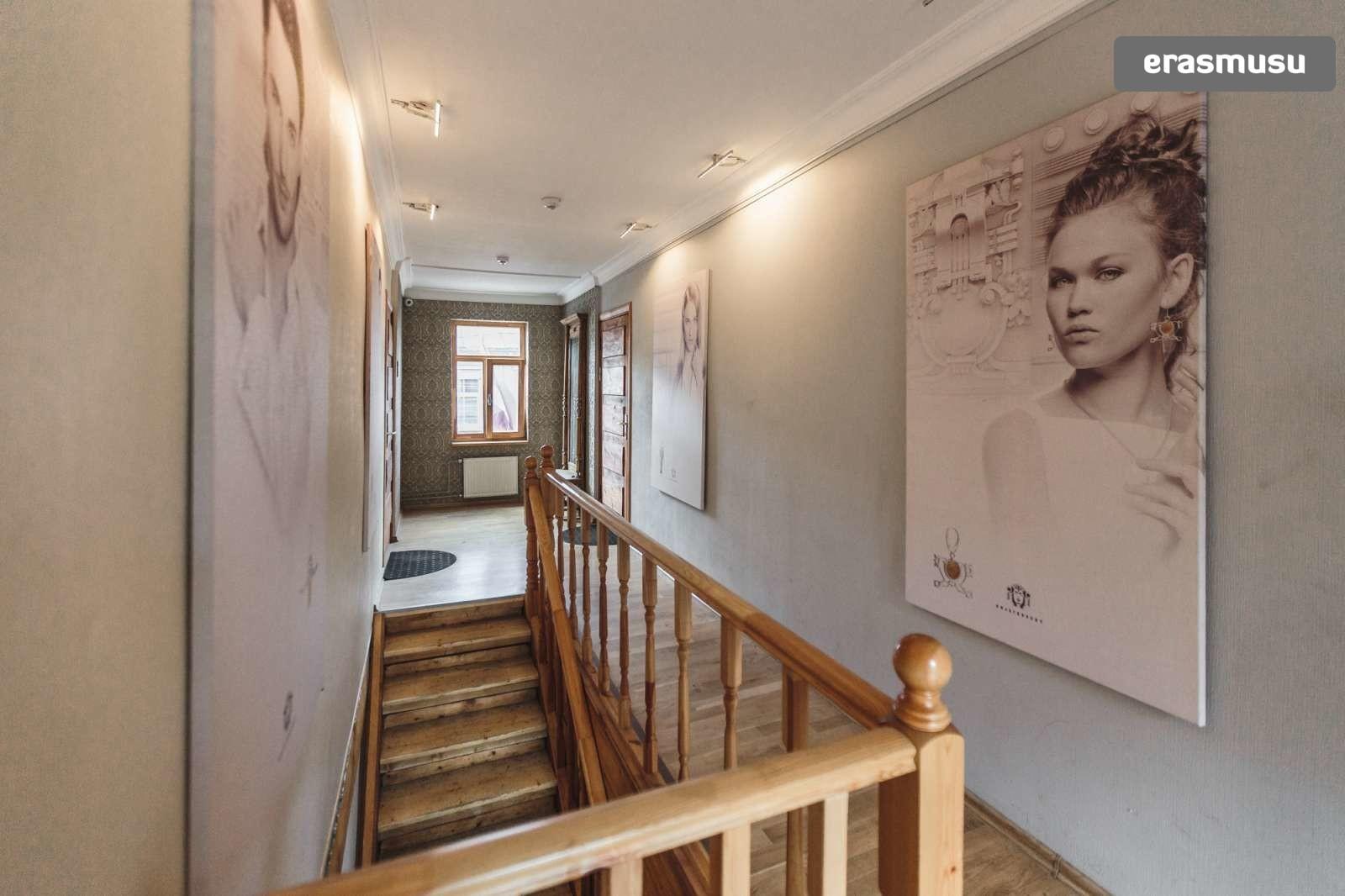 stylish-studio-apartment-rent-avoti-d2b2d4793fe3e010e8cba5428733
