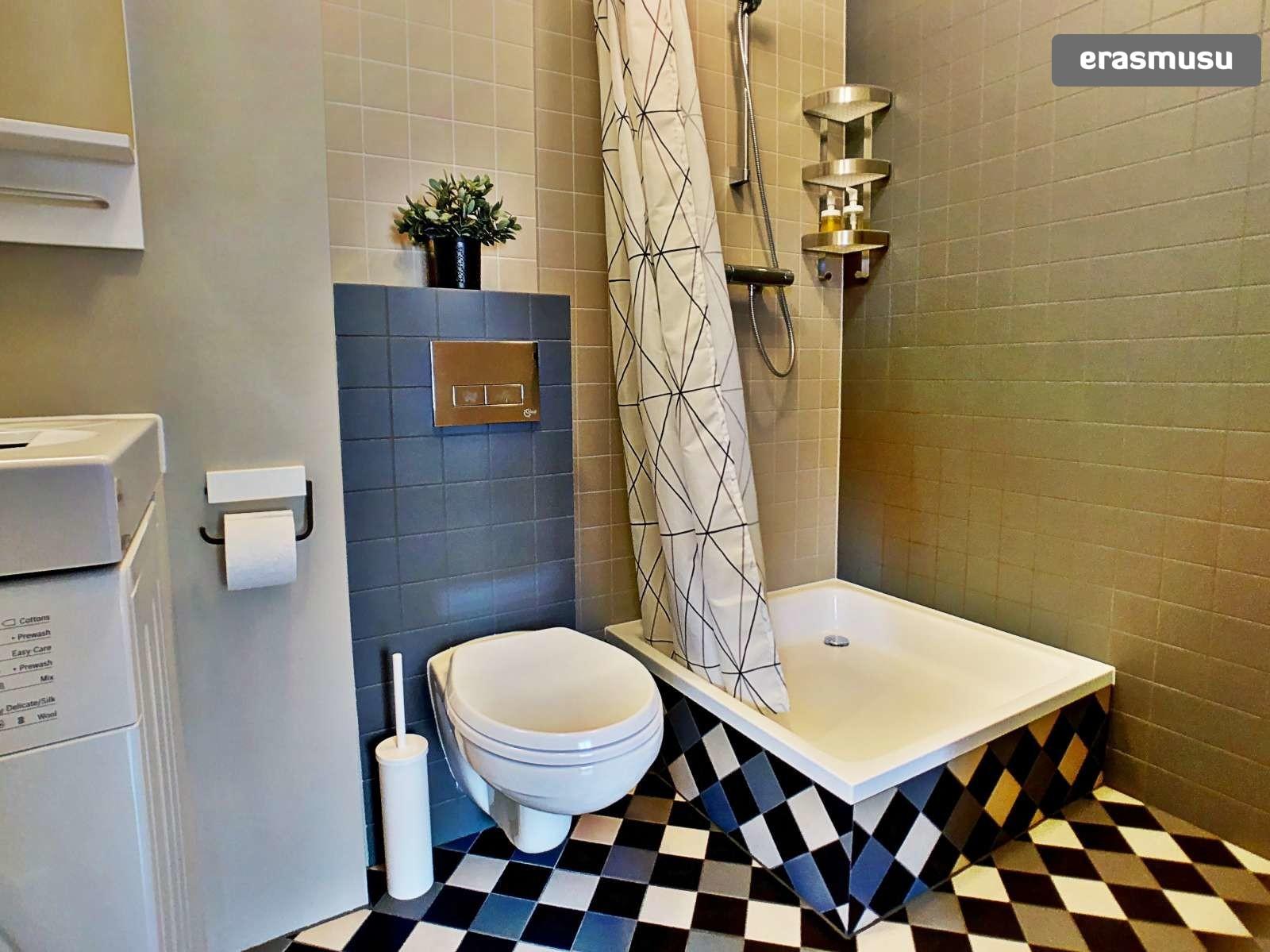 stylish-studio-apartment-rent-grizinkalns-3c939bf070da2ff8a0af3e
