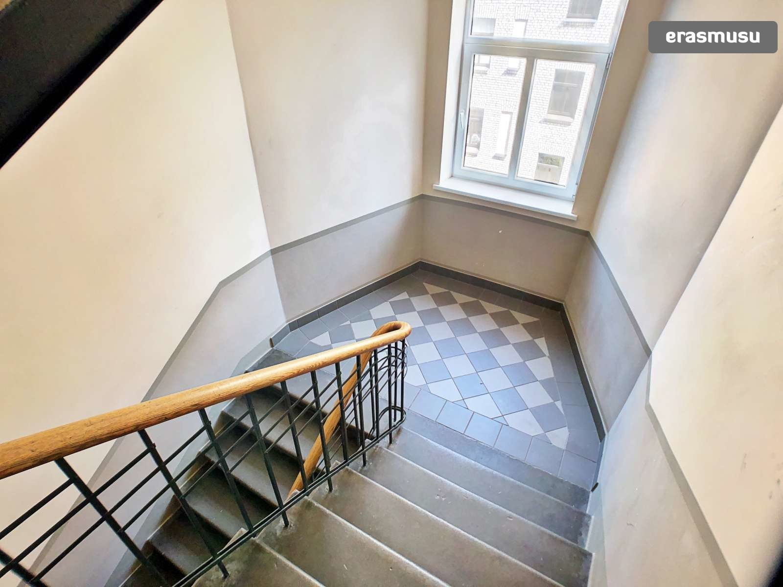 stylish-studio-apartment-rent-grizinkalns-9bd4fd72e5f172b593c071