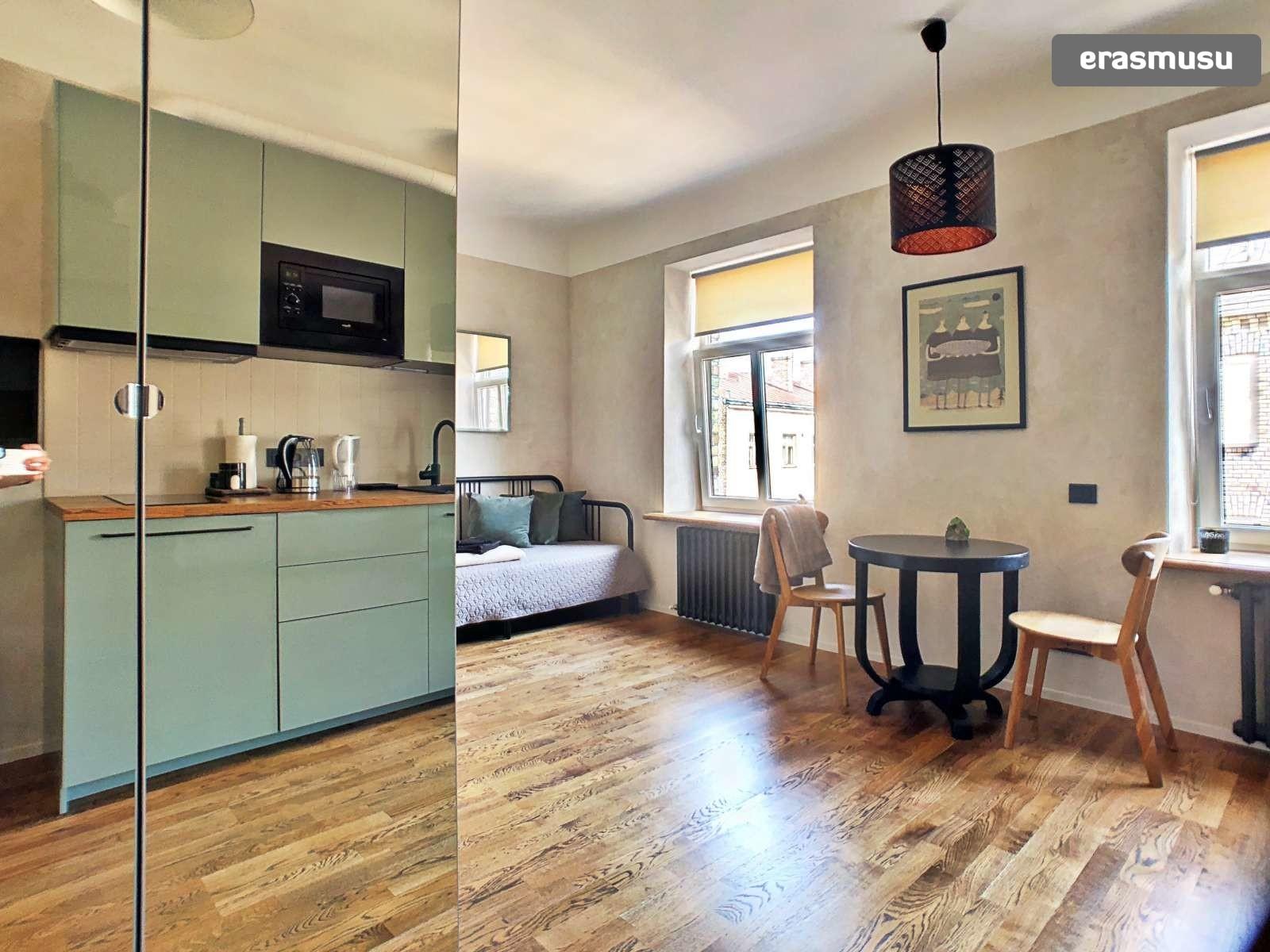 stylish-studio-apartment-rent-grizinkalns-e638b02ea321c30efc7938