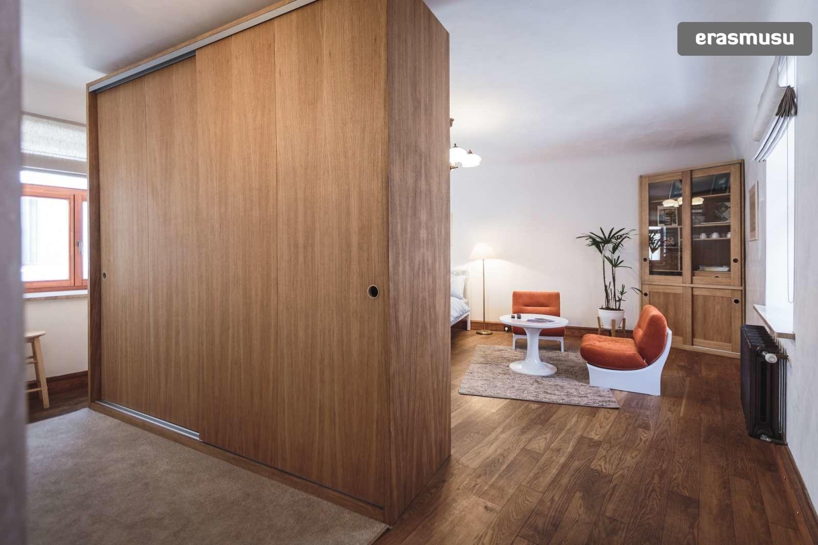 stylish-studio-apartment-rent-vecriga-64ff82286a625b087650488a9c