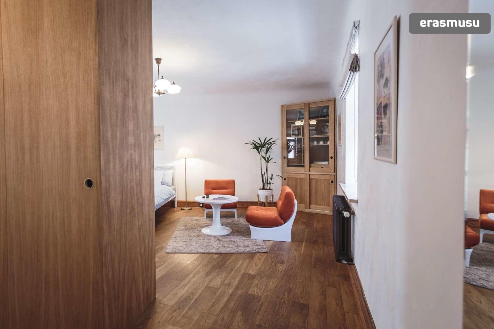 stylish-studio-apartment-rent-vecriga-6f18a63da9e6e76deb5c6a8e7c