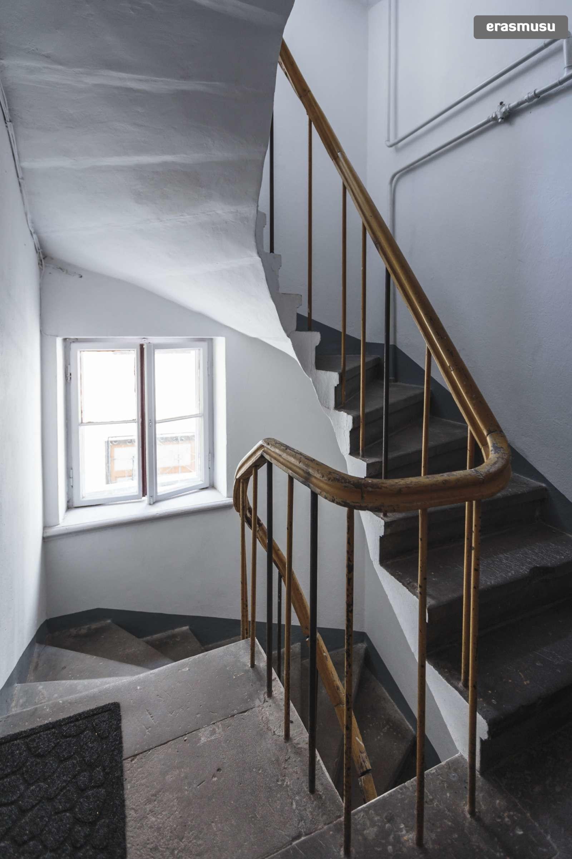 stylish-studio-apartment-rent-vecriga-7dee3f0a013bd38075cd3d90dc