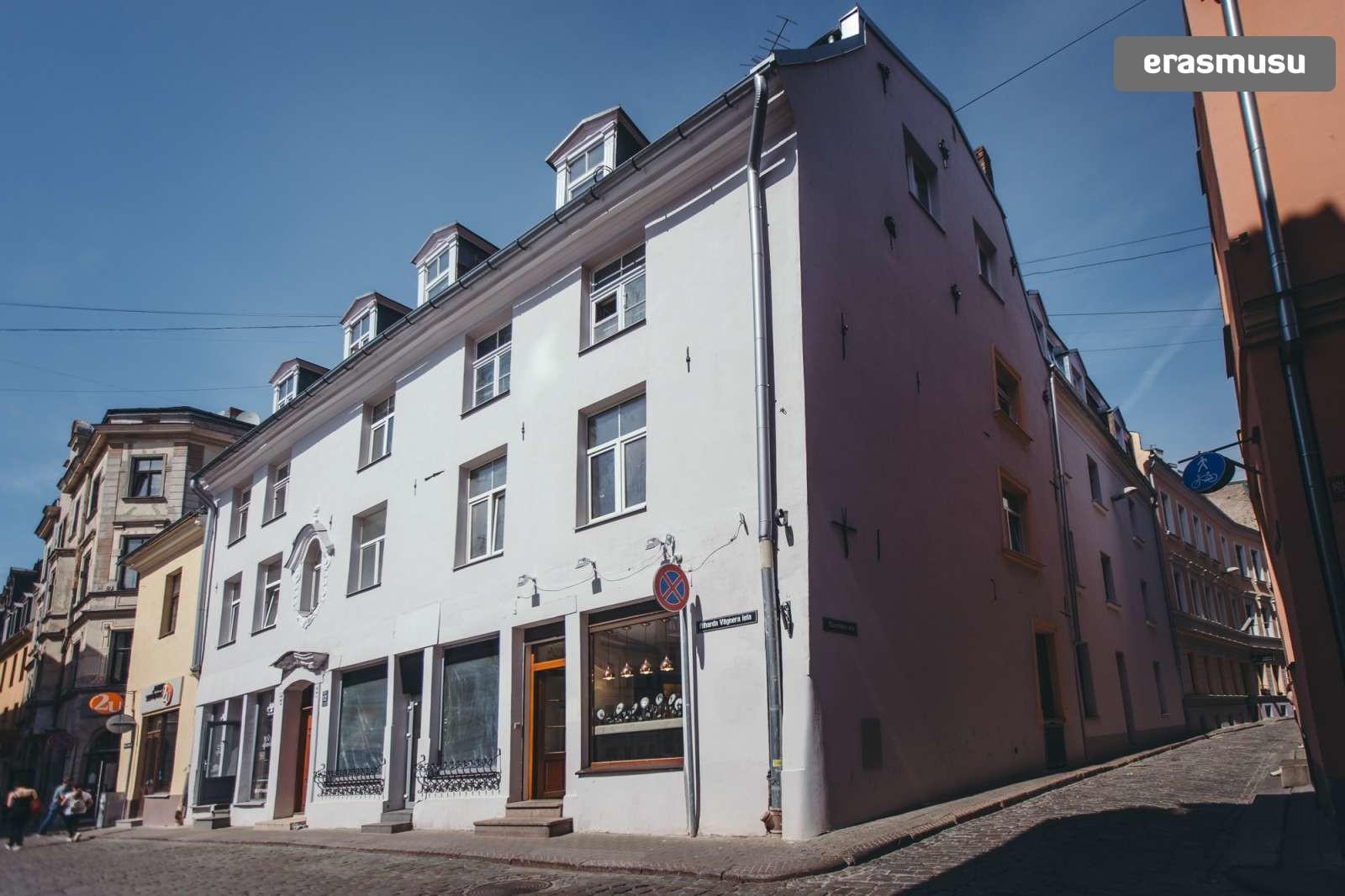 stylish-studio-apartment-rent-vecriga-9ba8ea9362da382fb309108672