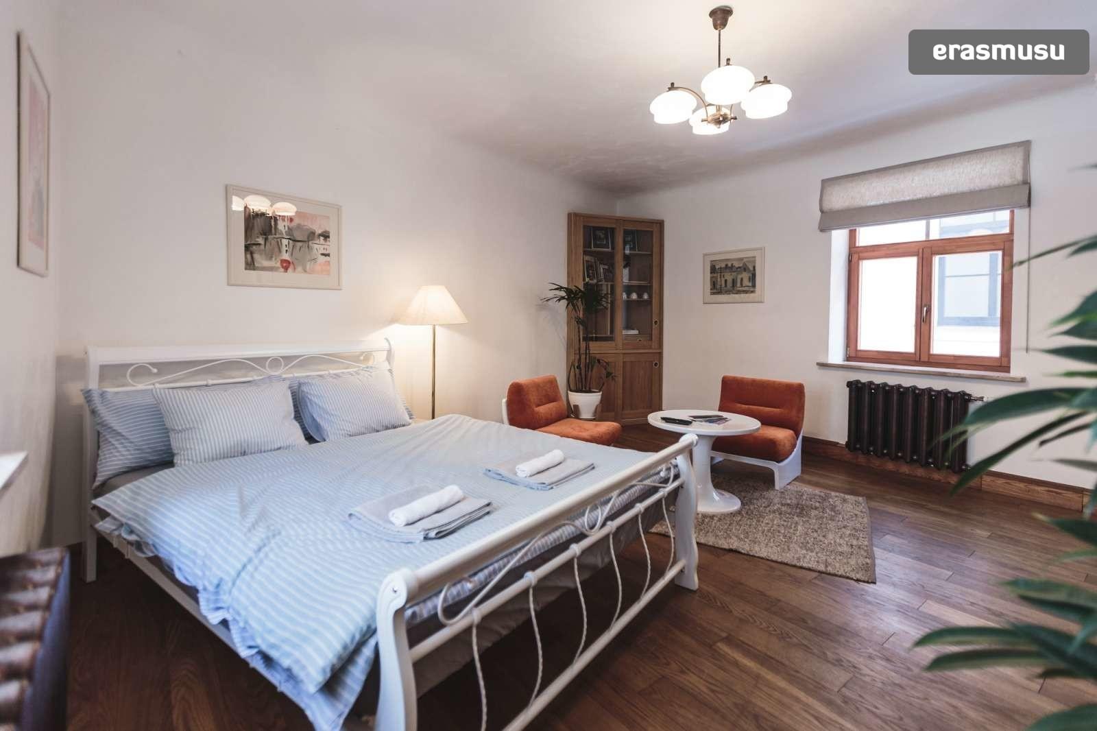 stylish-studio-apartment-rent-vecriga-dfc43bcc8fdfcc2b06c9e708d9