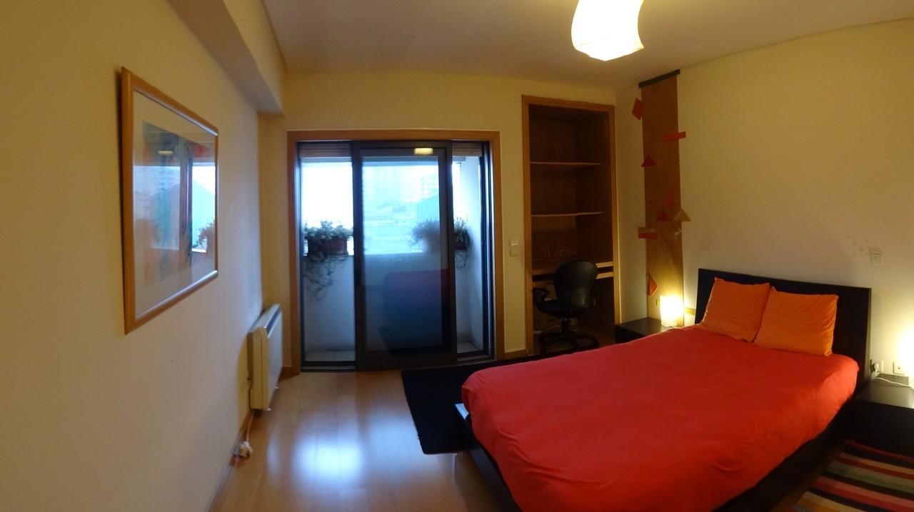 suite com varanda virada a sul