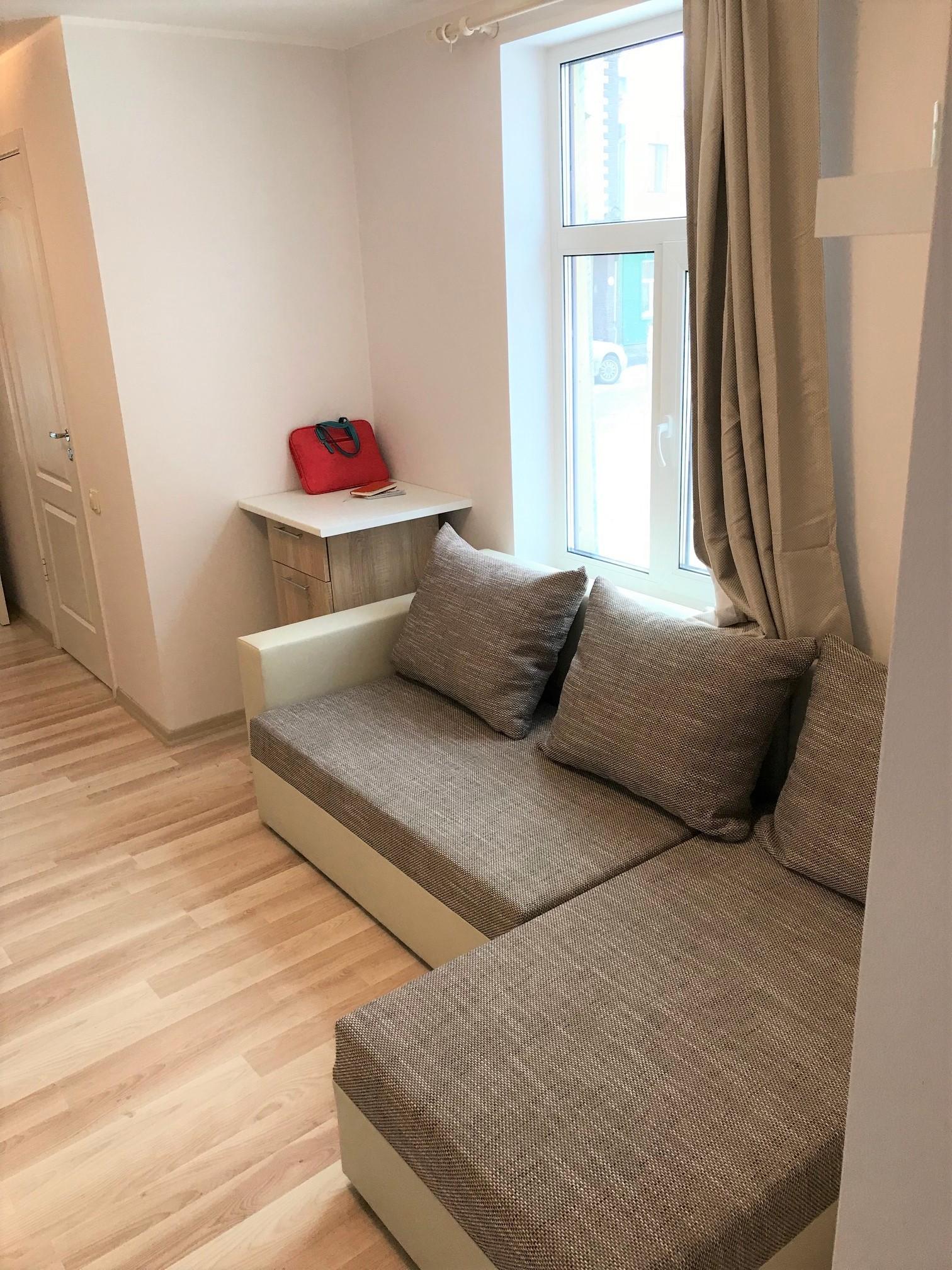 Sunny 2 rooms apartment 35m2 Riga Center