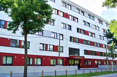 sunny-cozy-student-flat-kaisermuhlenstrasse-14-modern-equipped-student-apartments-18-m-inclusive-485e-monthly-3e07f3294d7e5faac8bad78d635f40de