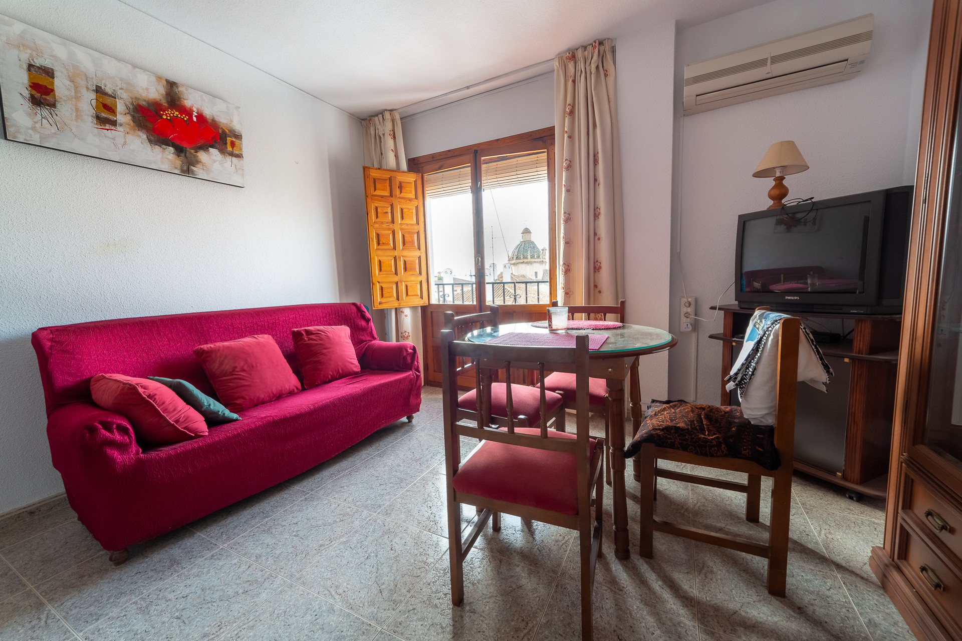 sunny-double-room-realejo-district-1fdb8c6141cde02b02390791a3bdc444