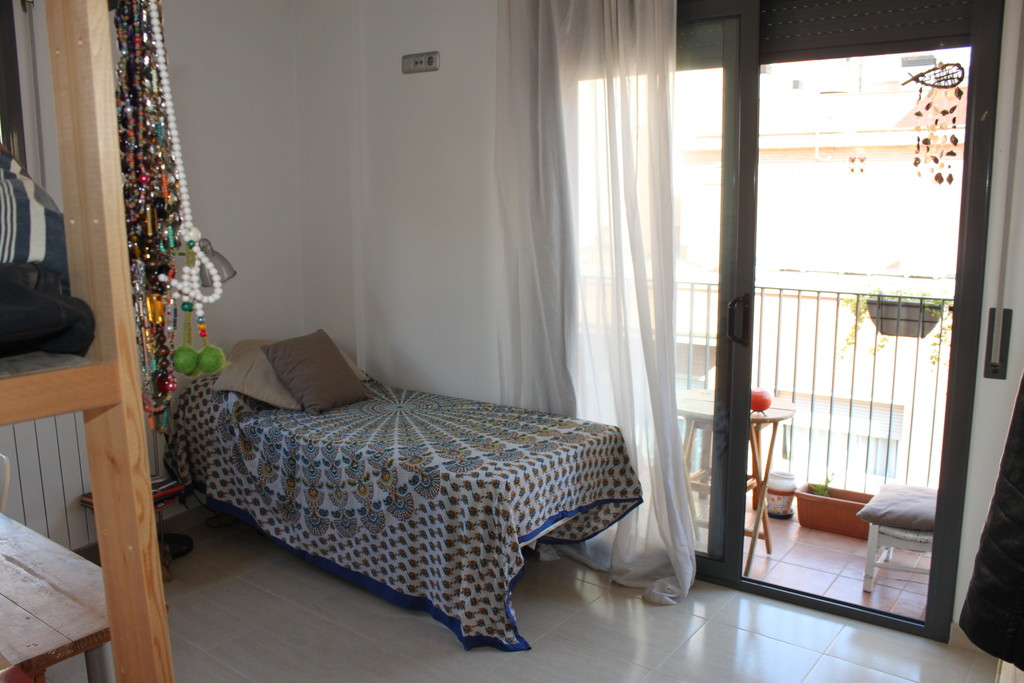 Single bed desk large closet. & Sunny room with balcony. Single bed desk large closet. Shared ...