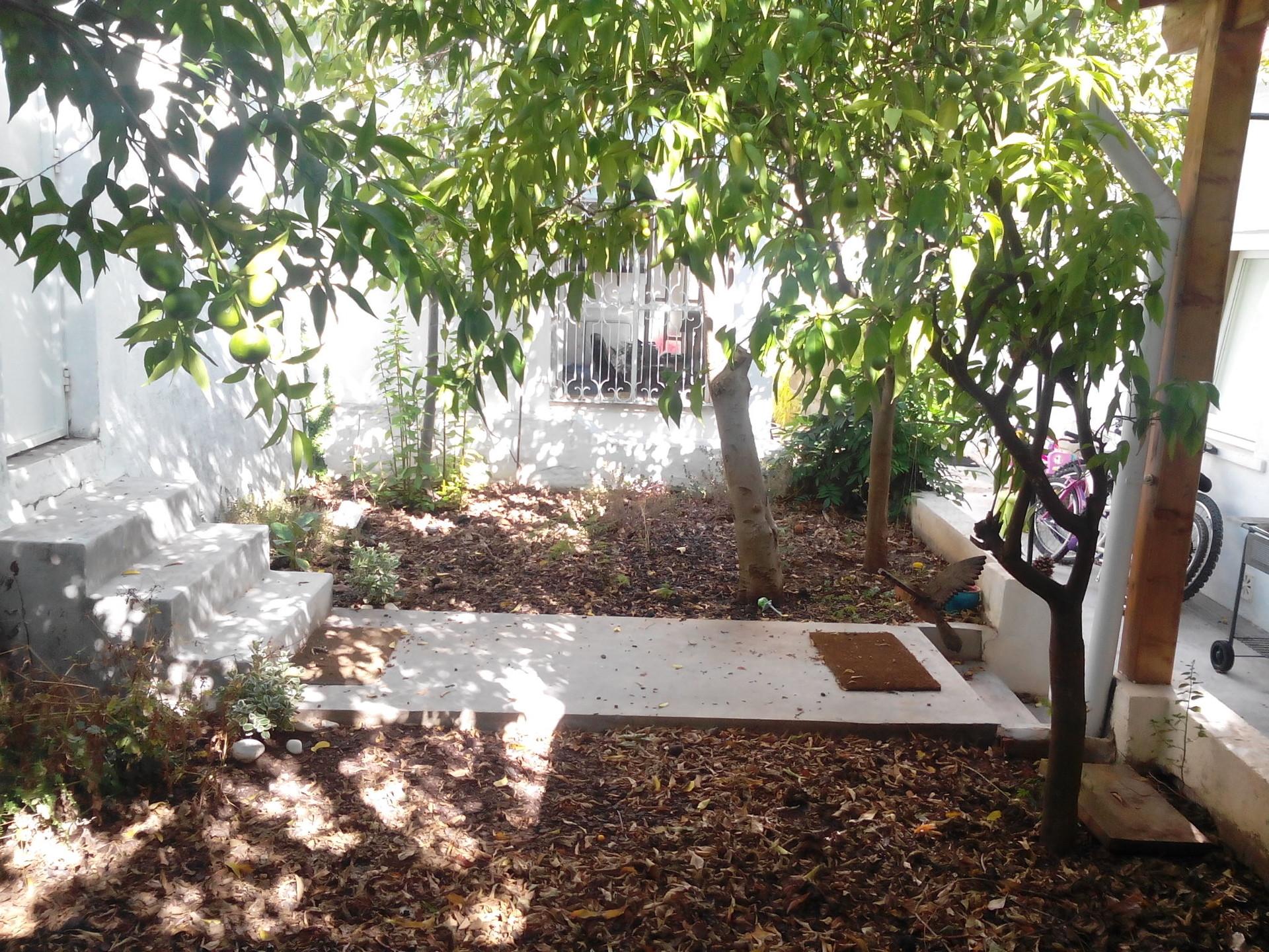sunny-villa-belem-lisboa-portugal-20dd56454de27d2bf2223e389b259dc3