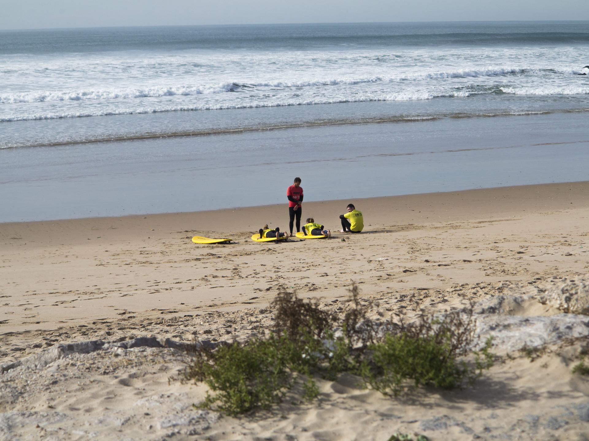 surfing-lisbon-ca1ca6388a681c7d33aa66882