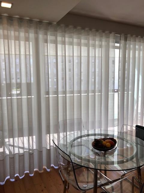 t0-50-m2-mobilado-cozinha-equipada-varanda-arrumos-lugar-de-estacionamento-junto-a-vci-campo-alegre-boavista-9971509605793937e73b2e3a48e33417