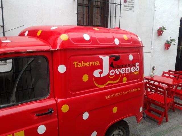 taberna-jovenes-flamencos-92883c70b5bb2c