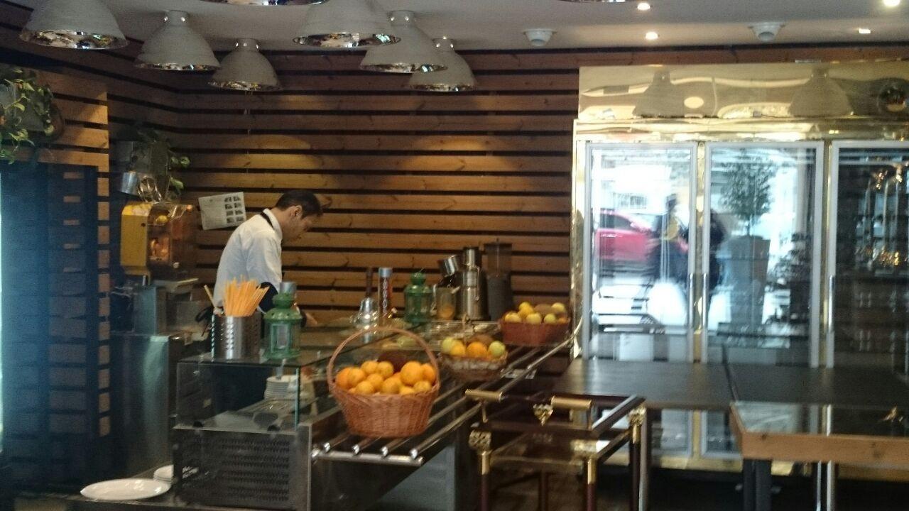 tah-dig-restaurant-tehran-93e4d024aec782