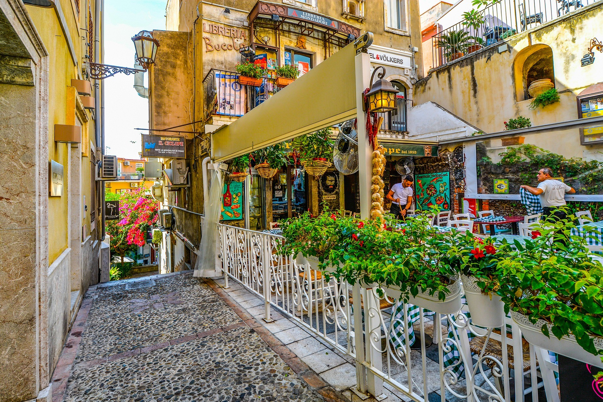 the-10-beautiful-towns-sicily-e341ea2b4c