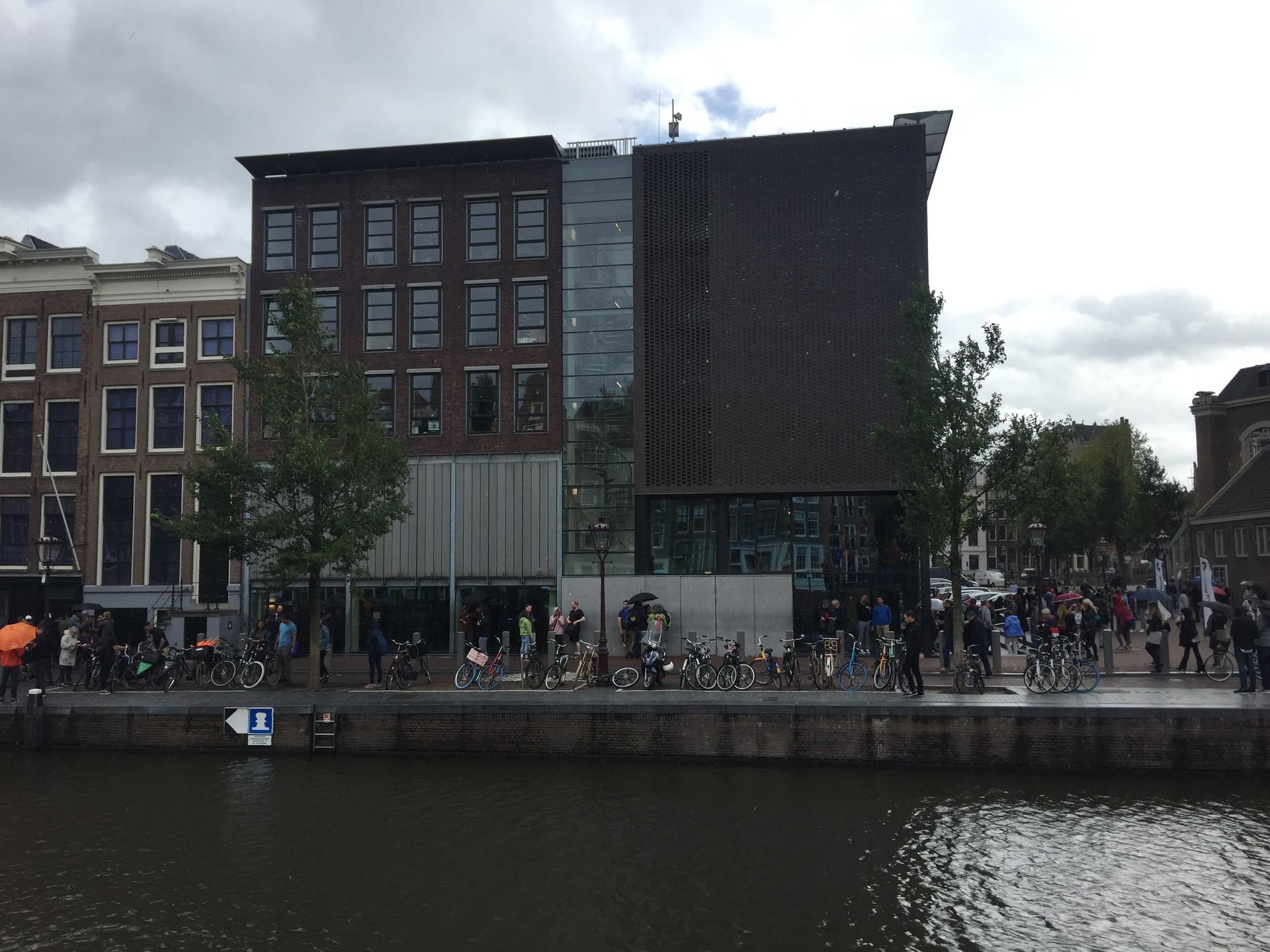 the-10-best-museums-amsterdam-6388e0b10d
