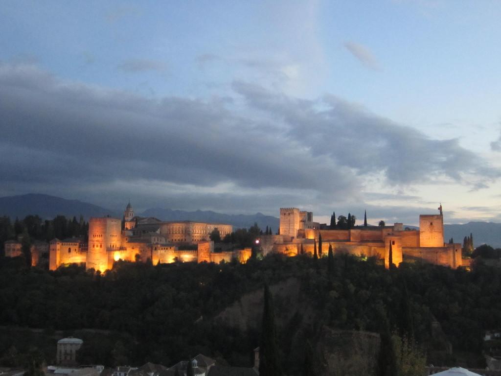 the-alhambra-c9f75e625fc2501df87442d7f84