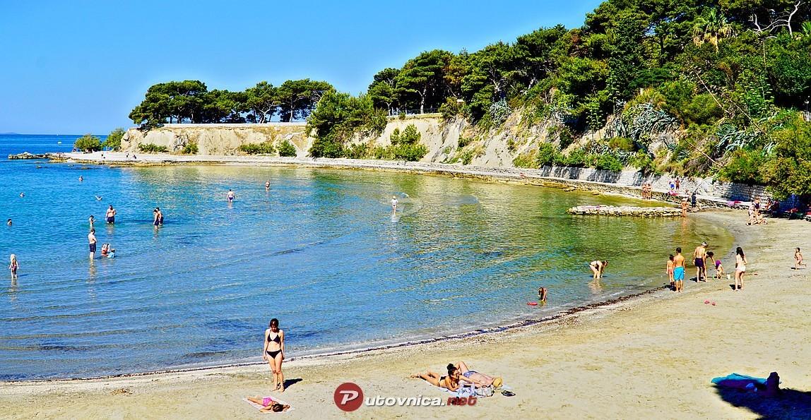 the-best-beaches-split-269d79c42202f75ef