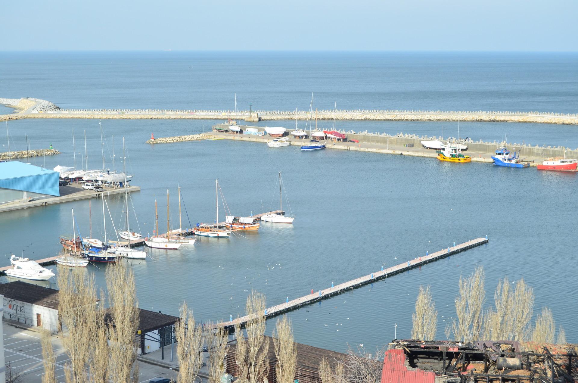 the-black-sea-winter-39929dcfd74cbdceab2