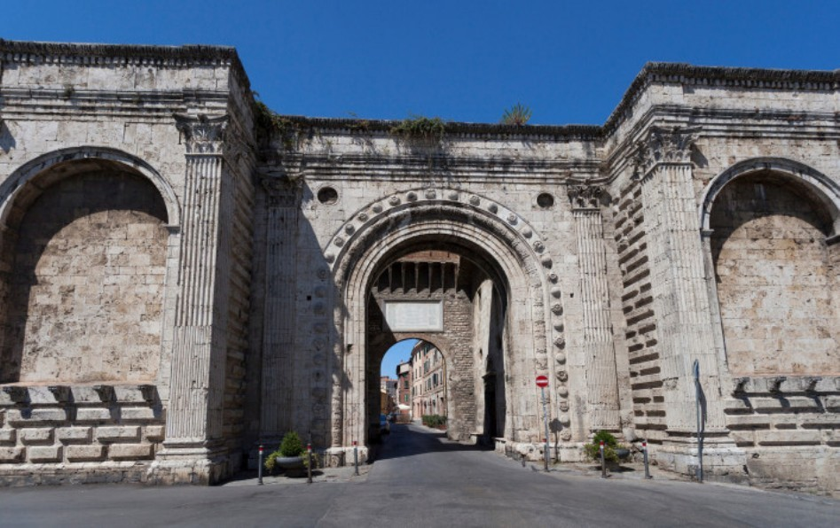 the-gates-perugia-e1233baedb31598cea11ea