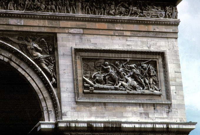 the-majestic-arc-de-triomphe-6dd58e02b33