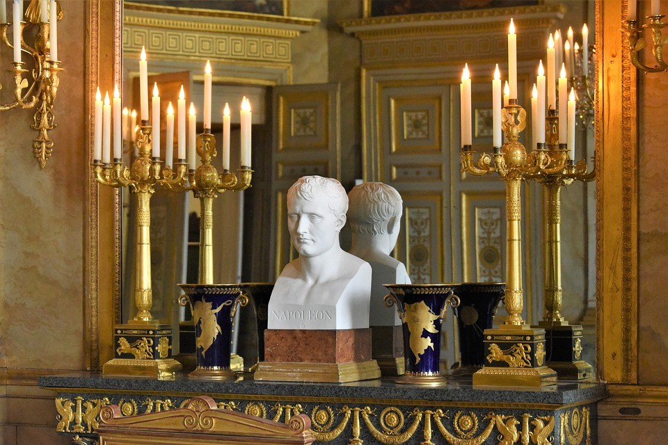 The Surprising discoveries of the Compiègne Palace.