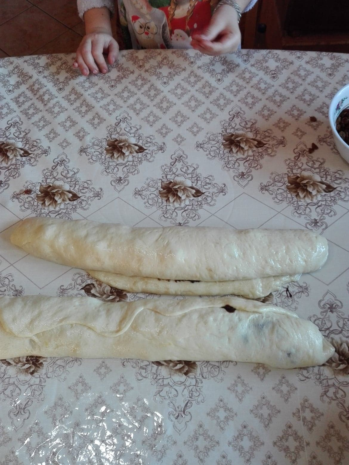 the-traditional-romanian-sweet-cozonac-1