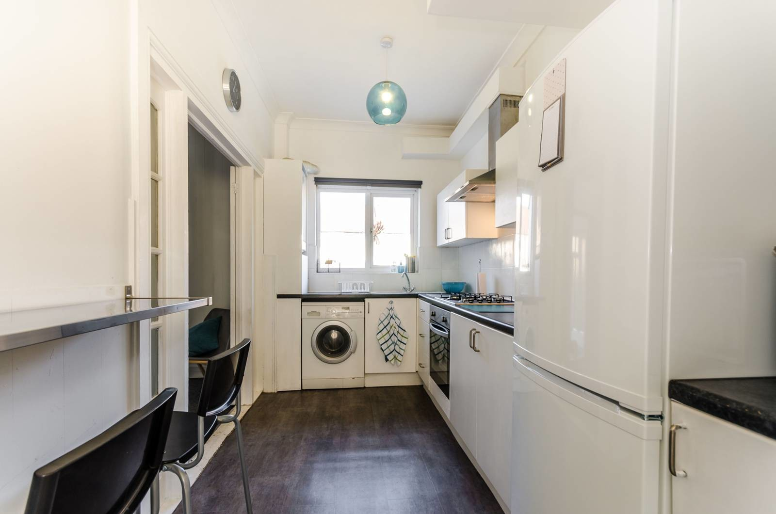 Bright Bedroom House Boasts A Modern Finish Throughout The Property With A Contemporary Kitchen And Large Garden