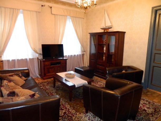 three-bedroom-apartment-center-riga-fully-equipped-116-m2-7205fbd304e5e7cadf4f6468f4e922de