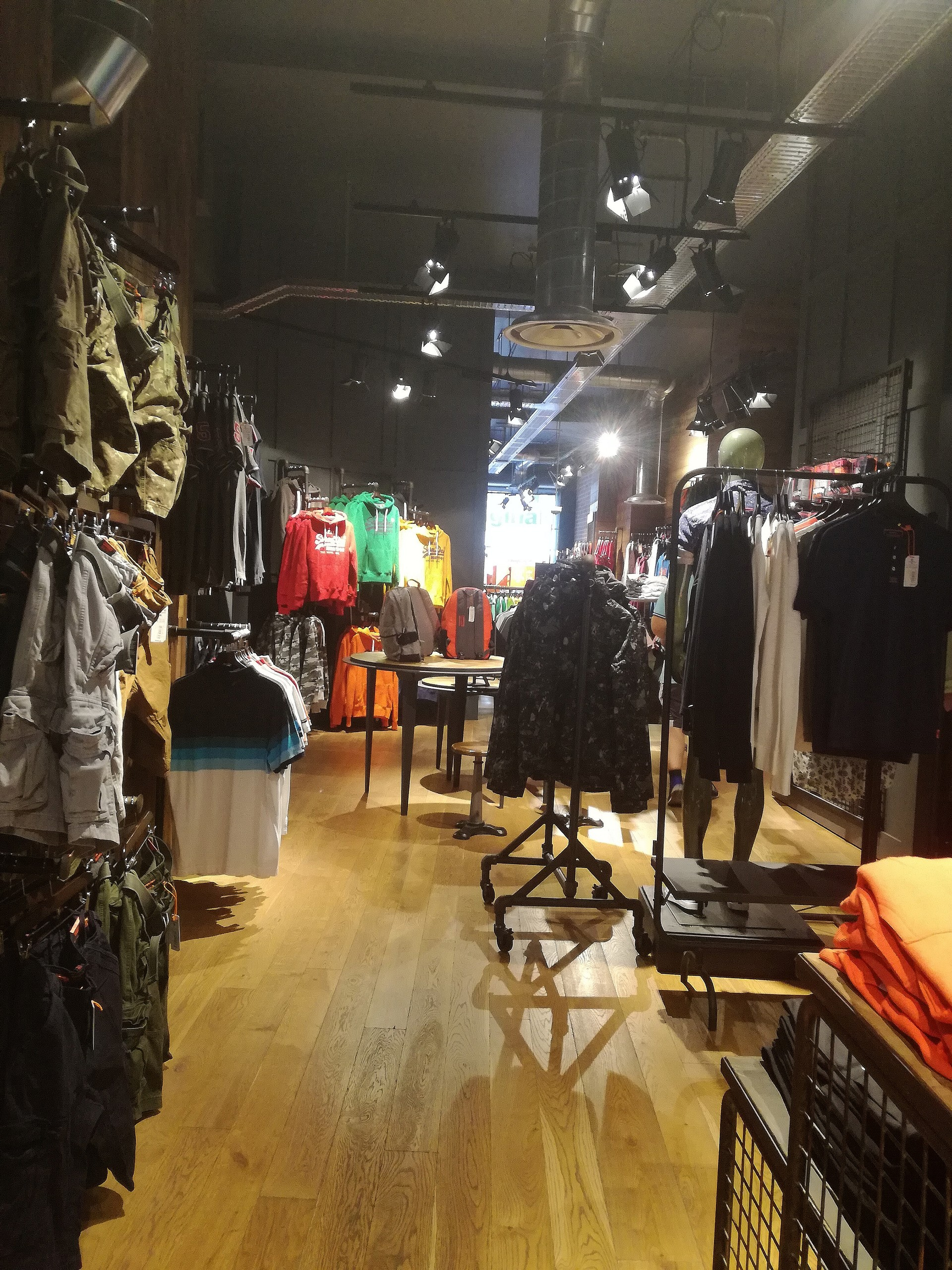 a616c0ef39 tiendas-ropa-suecia-b2ff463ec734948b24b1