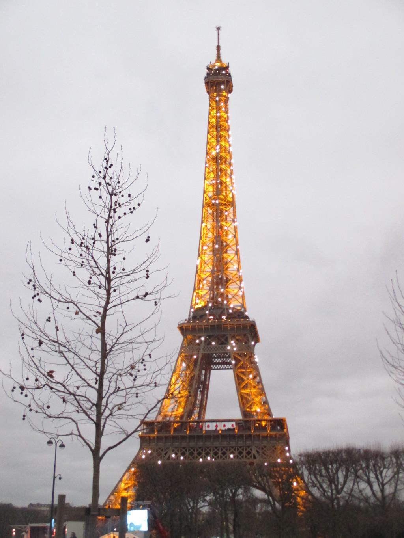 torre-eiffel-ee8364330b7c4273e74db8d2557