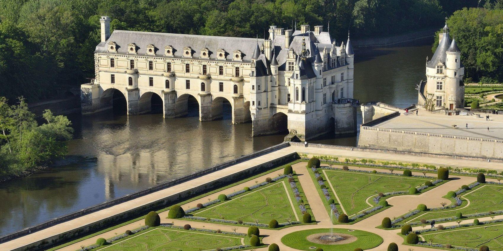 Chateau de Vizille, Isere, France бесплатно