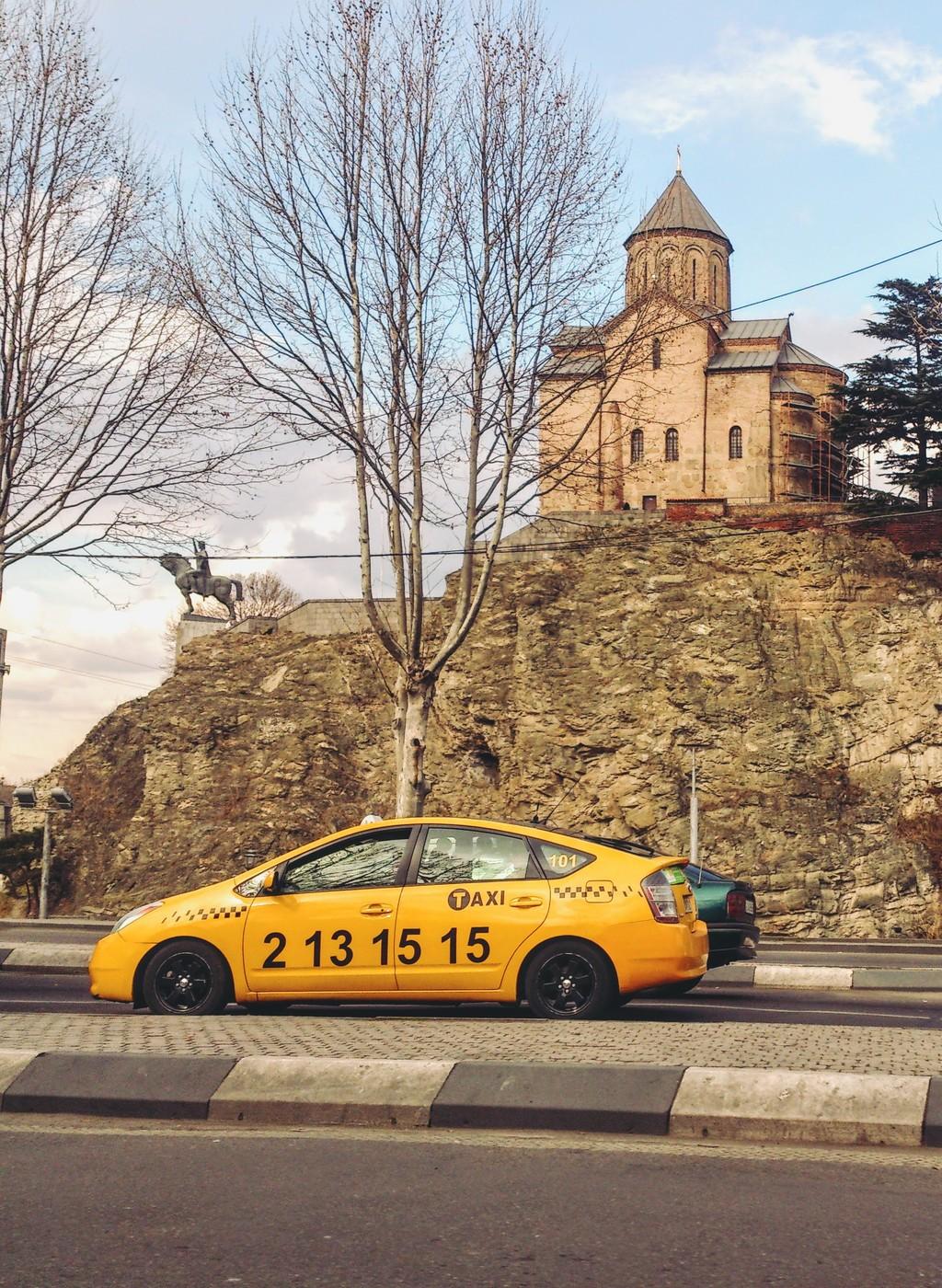 transportation-tbilisi-ae96f27d0e240537a