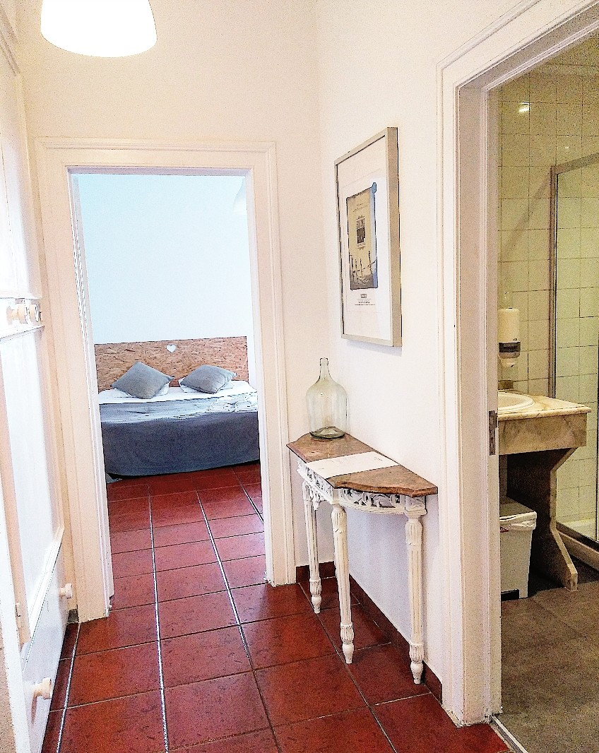 triple-room-twin-private-options-center-
