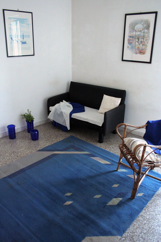 Trivani in zona centralissima due stanze singole ed una for Stanze in affitto bari