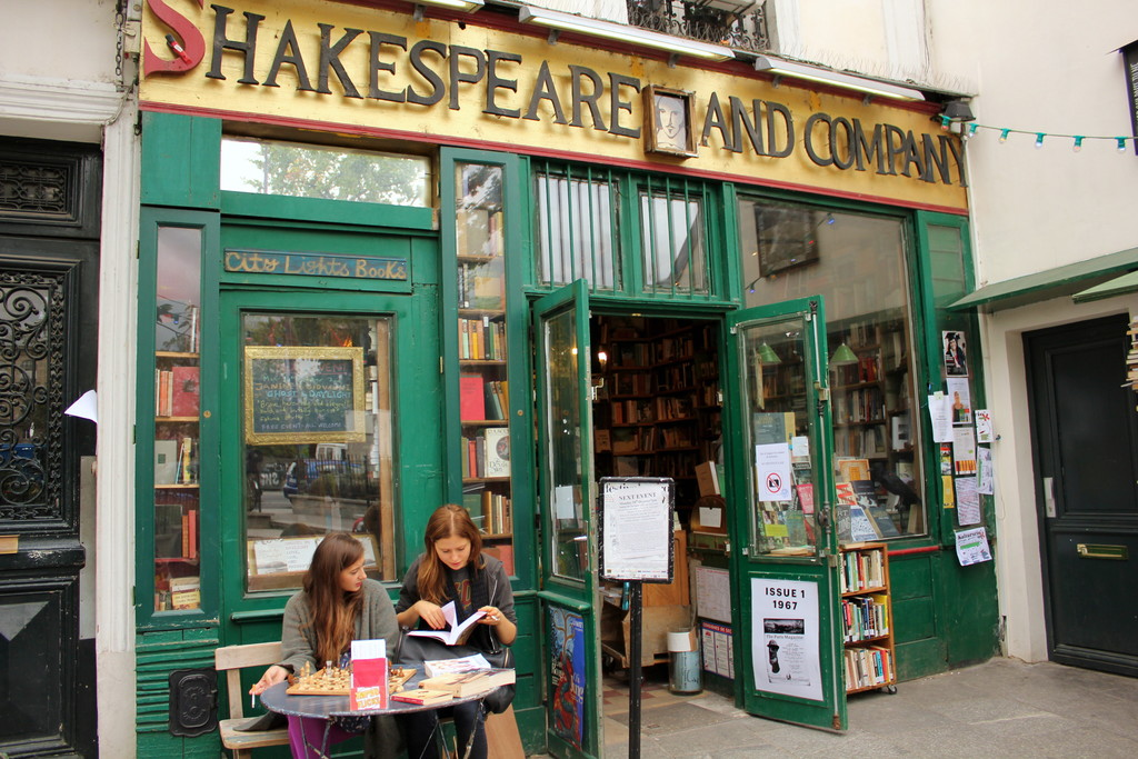 Shakespeare And Company Paris Restaurant