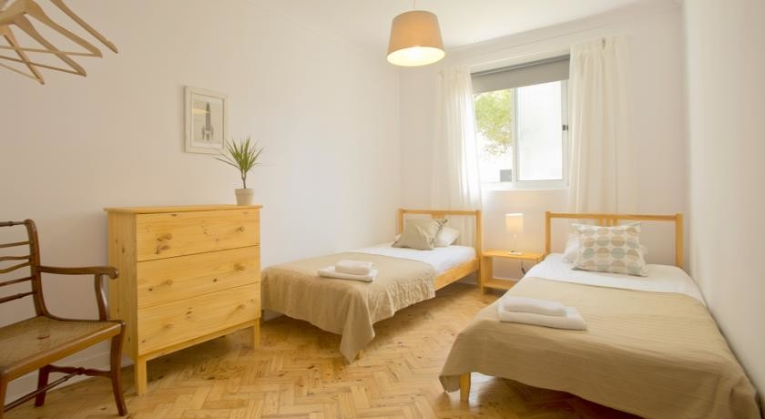 twindouble-rooms-private-options-center-