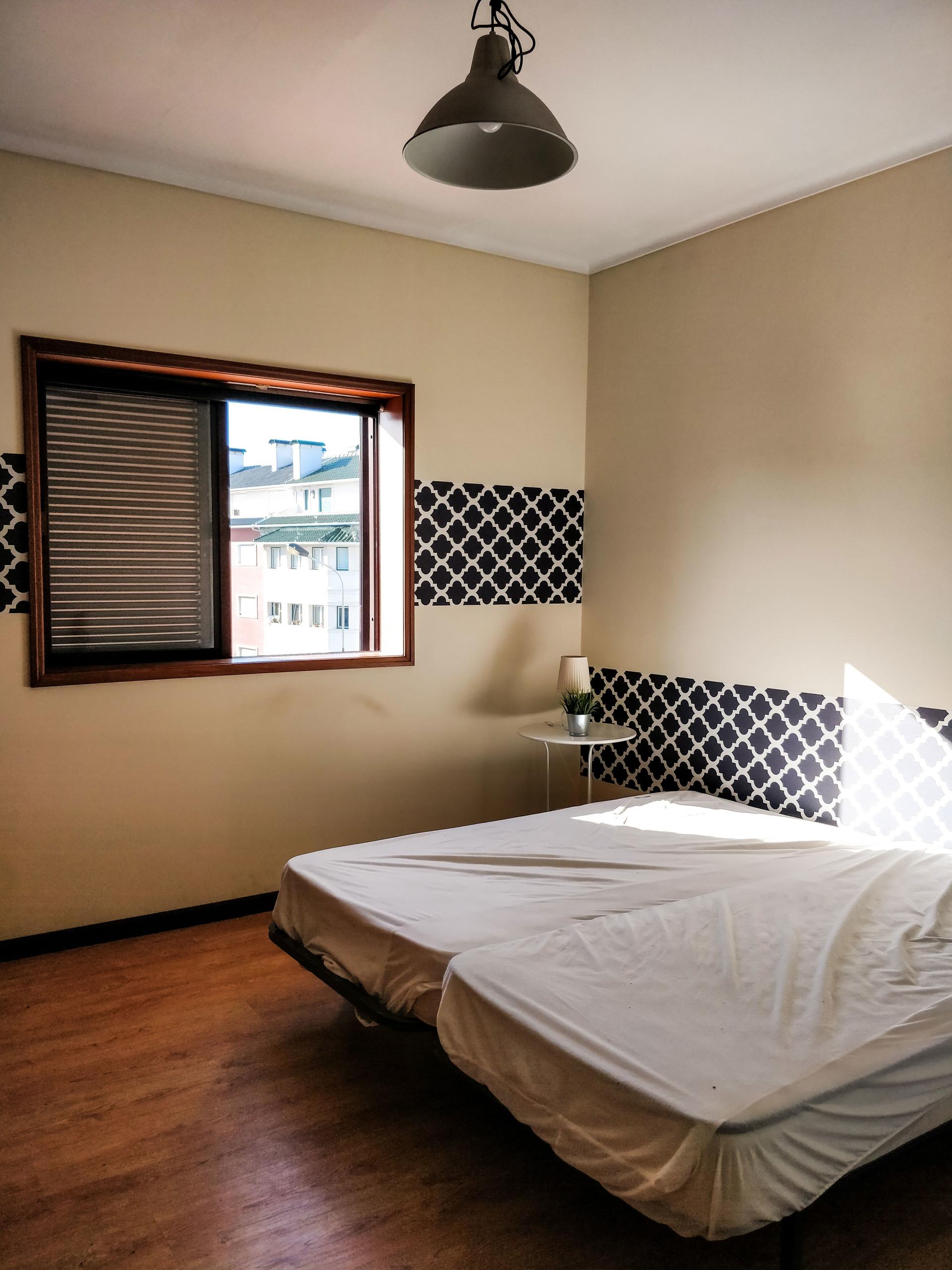 two-rooms-university-aveiro-33679af99e8f680d59f1f0870d0030c3