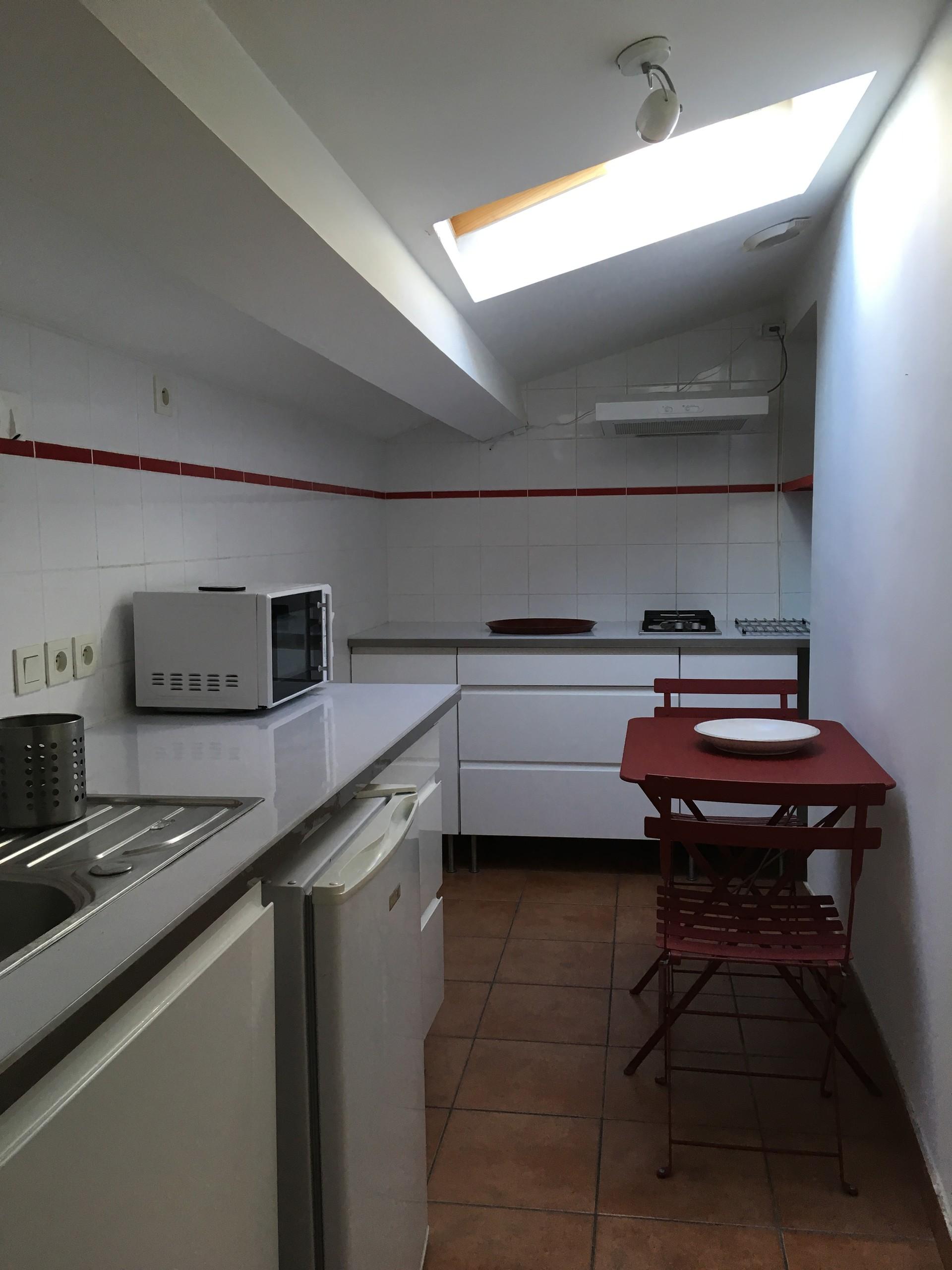 Type 1 hyper centre Perpignan avec terrasse