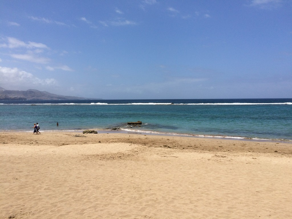 un-bano-la-playa-canteras-99471b773feb36