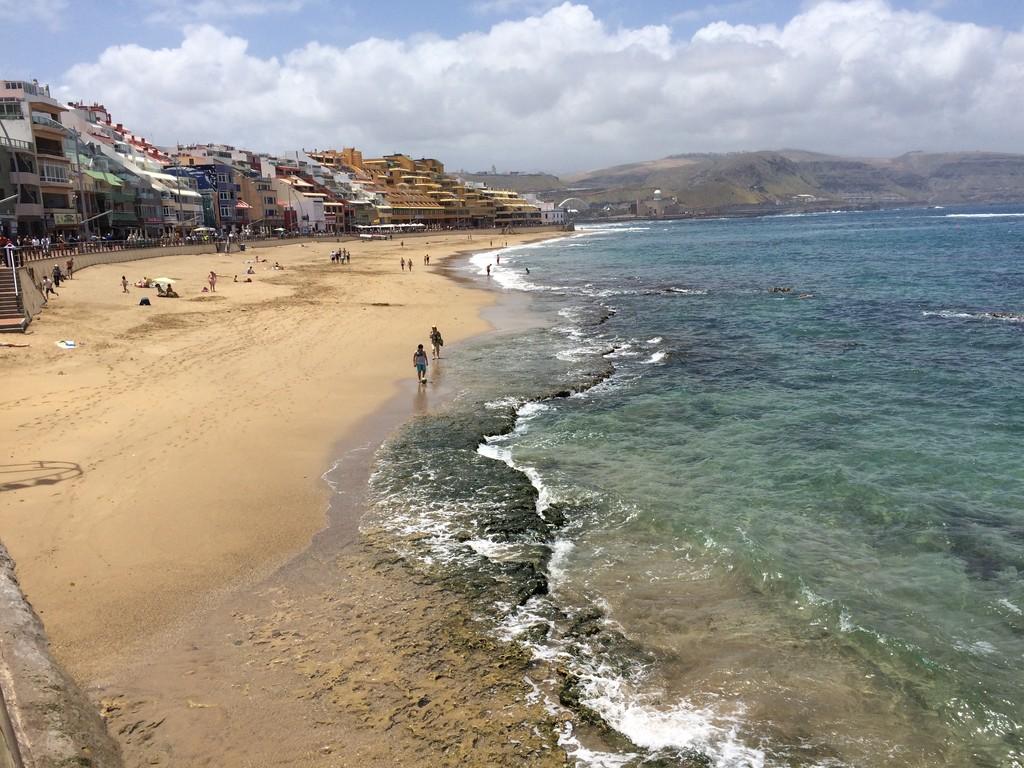 un-bano-la-playa-canteras-cf087ead514899