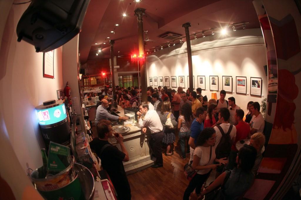 Un café très internacional à Madrid :-)