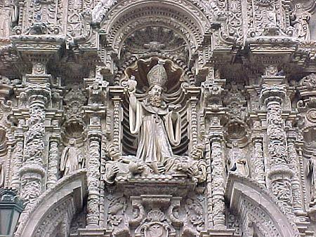 un-iglesia-estilo-churrigueresco-portada