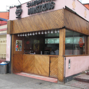 un-local-pequeno-rico-barranco-c9e698468