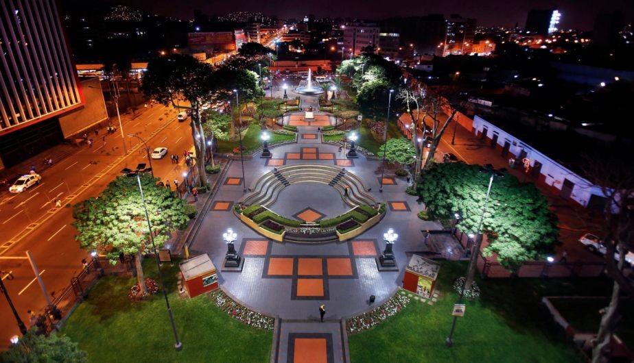un-parque-reloj-aleman-lima-4342a8c8e587
