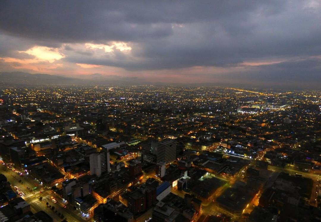 un-poco-tranquilidad-ciudad-135ee45b71bf