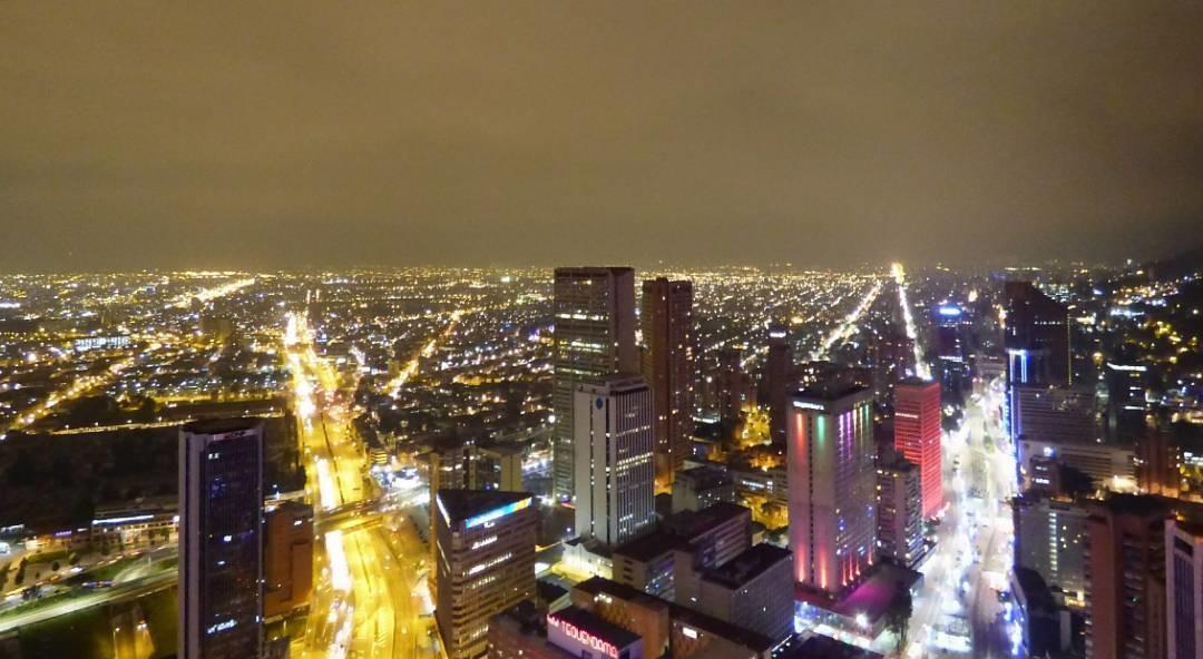 un-poco-tranquilidad-ciudad-5ce9e9176409